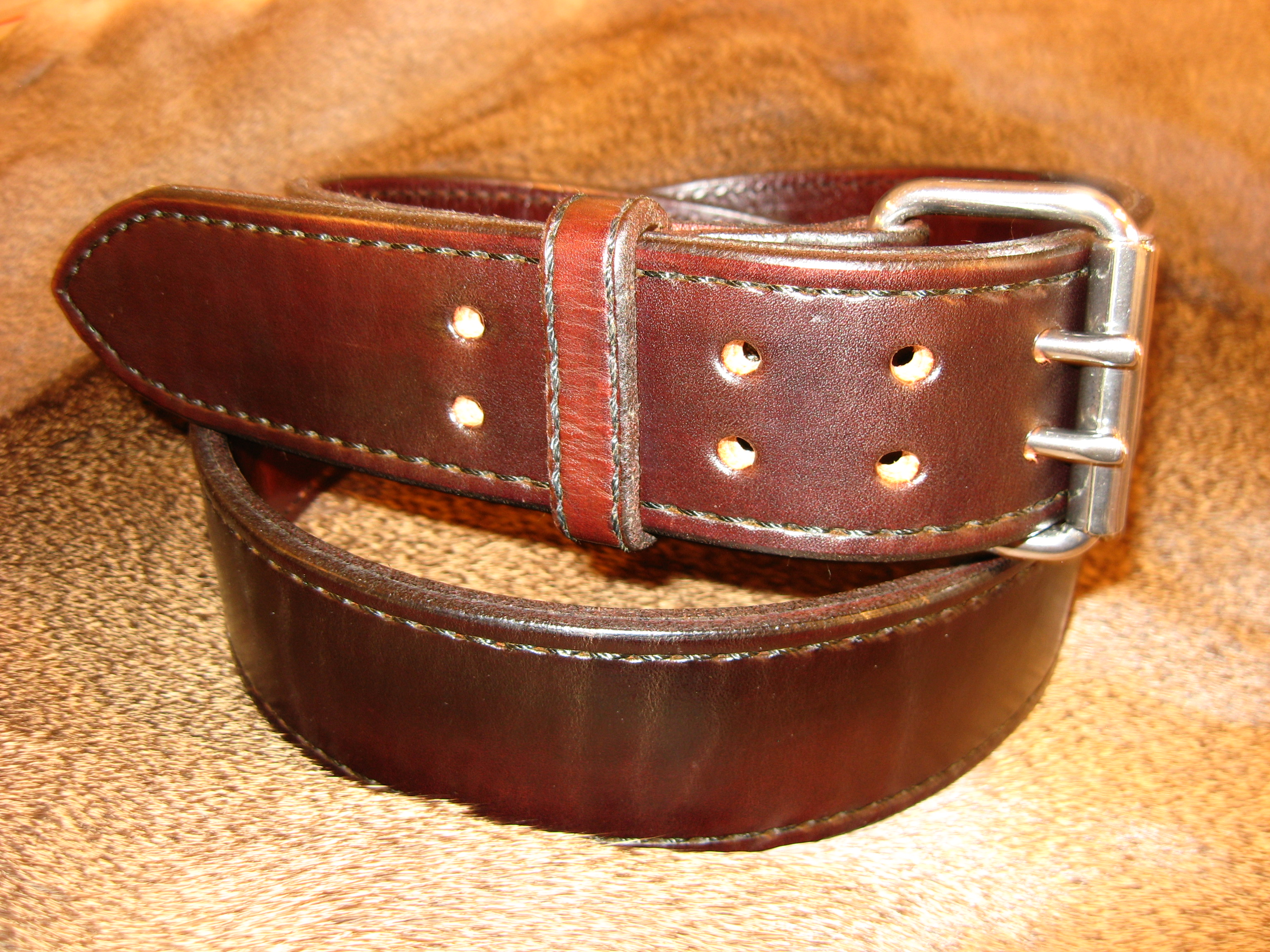 heavy duty gun belt leather with a width of 2